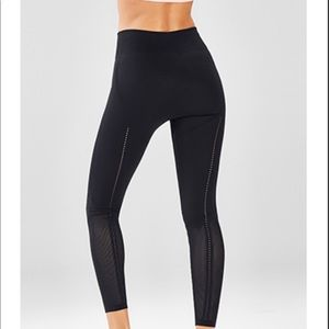 Fabletics high-waisted Skulptknit 7/8 leggings